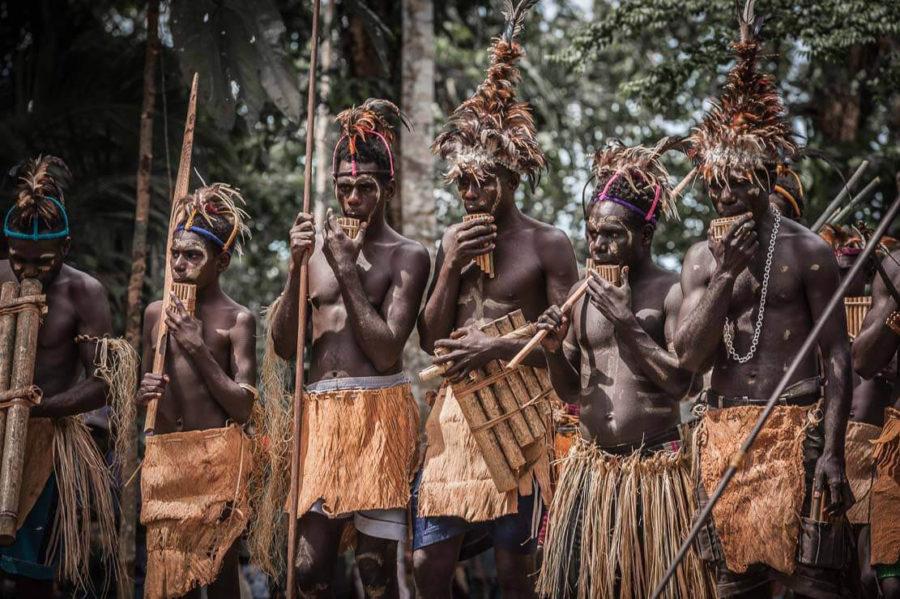 Папуасы говорящие на языке ротокас