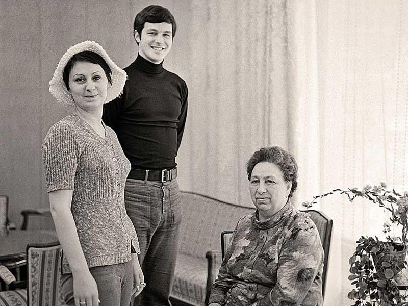 Как жила Виктория после смерти Брежнева