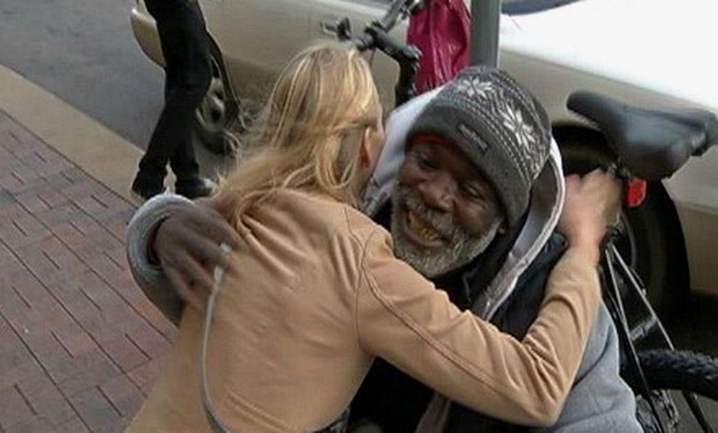 Бездомный вернувший драгоценность
