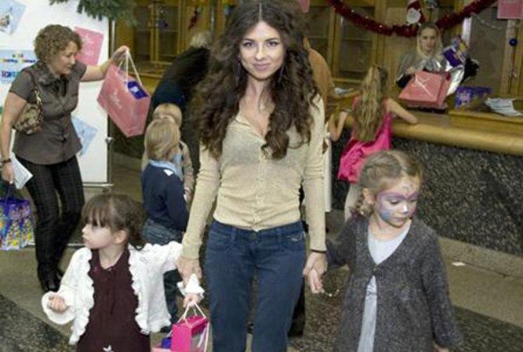 Анна Плетнева с детьми