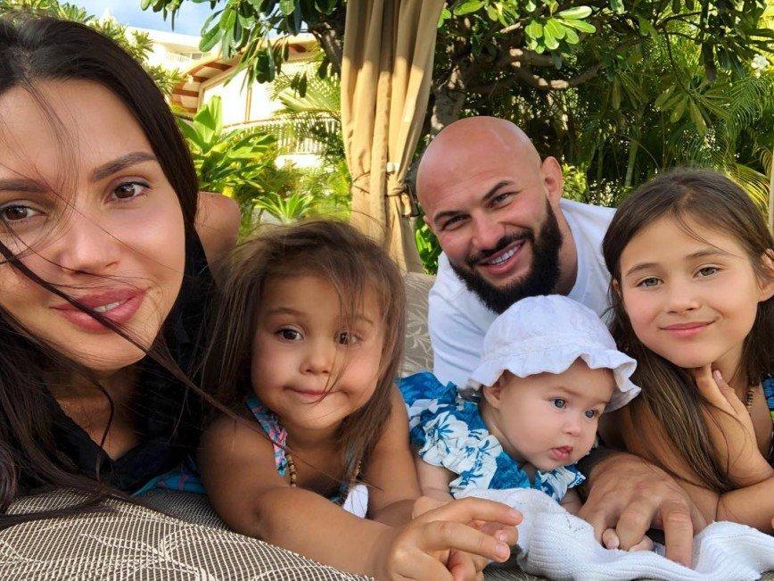 Оксана Самойлова с детьми