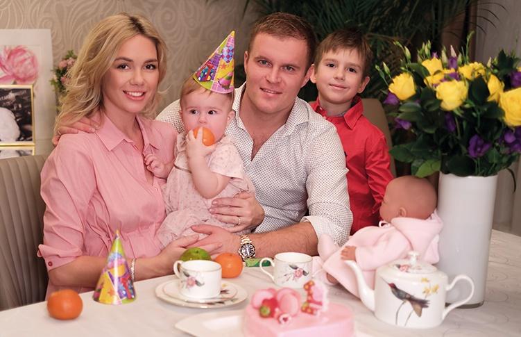 Анастасия Трегубова с детьми