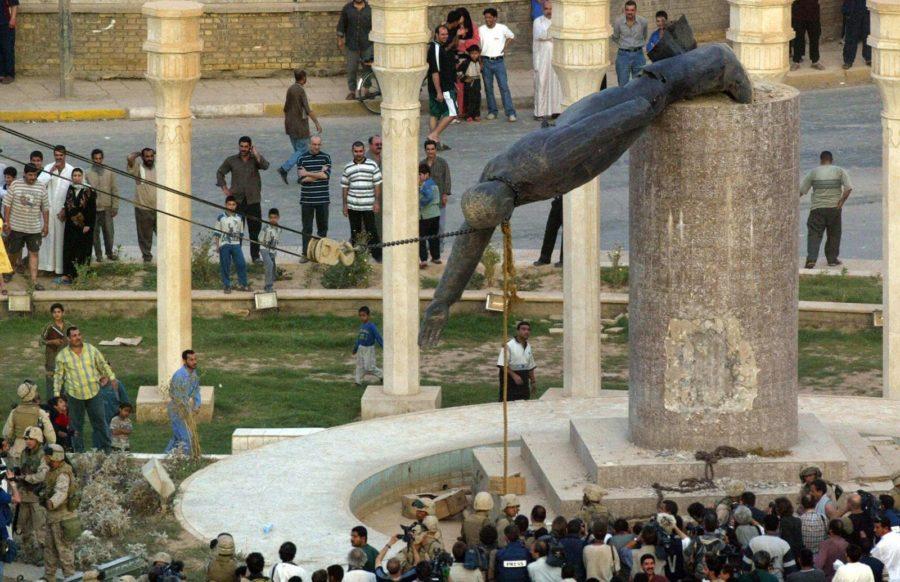 Статуя Саддама Хуссейна