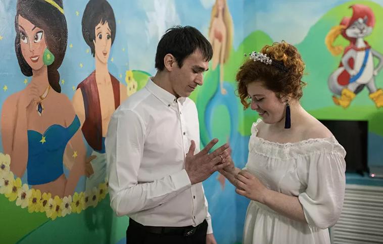 Анастасия Нужная с мужем