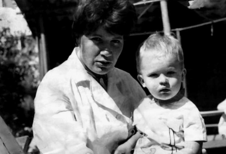 Андрей Данилко с мамой