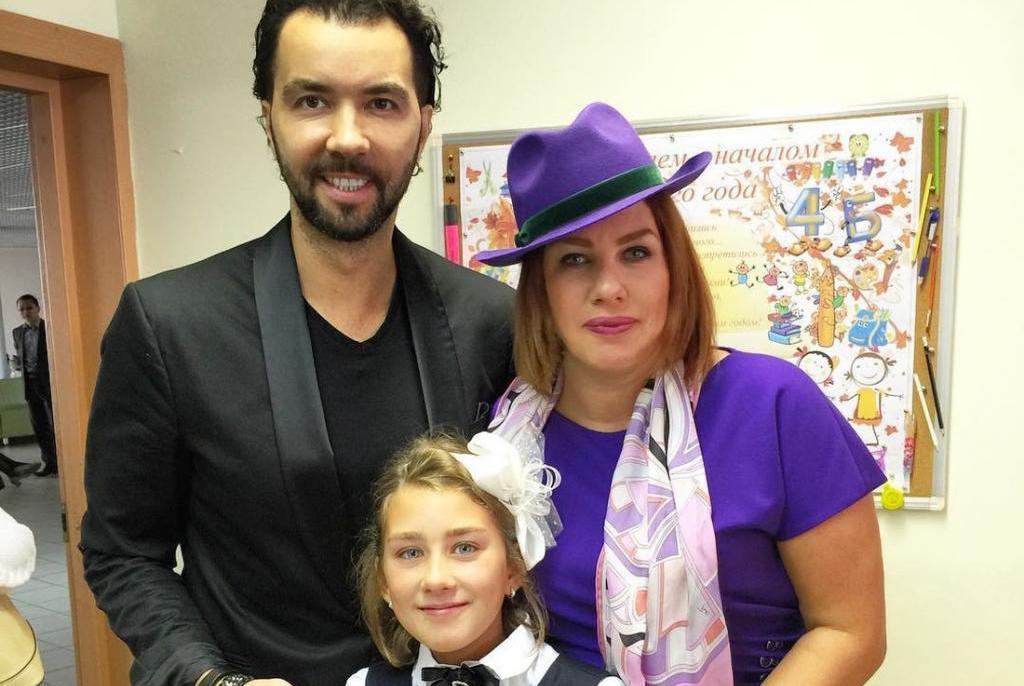 Денис Клявер и Ева Польна с дочерью