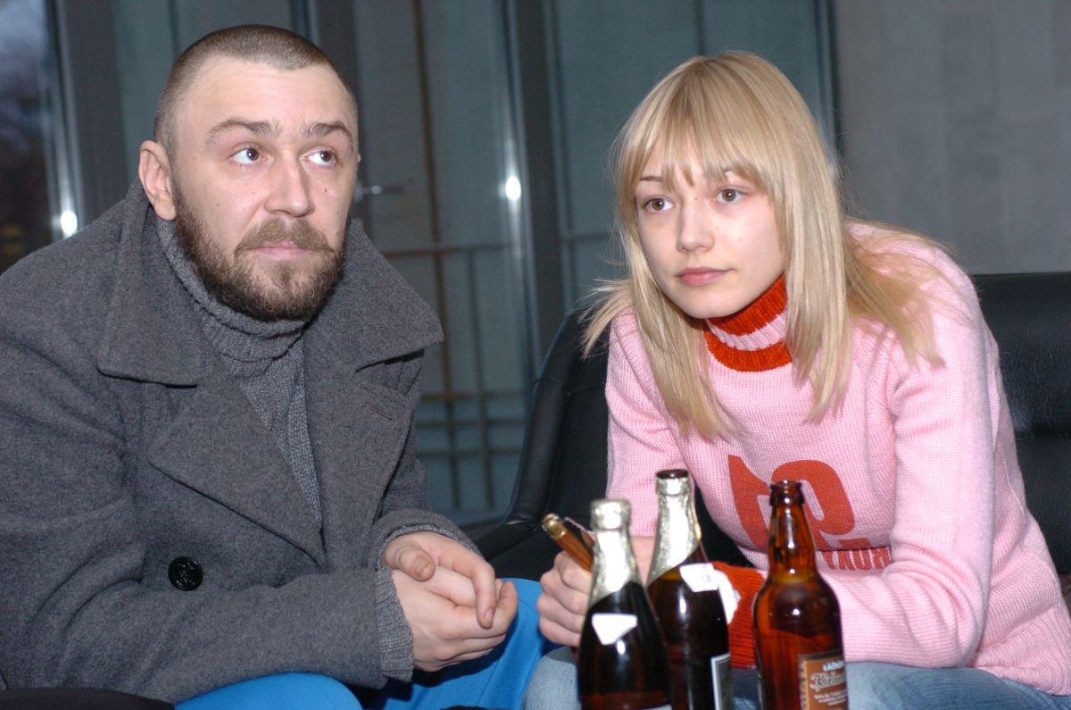 Оксана Акиньшина и Сергей Шнуров